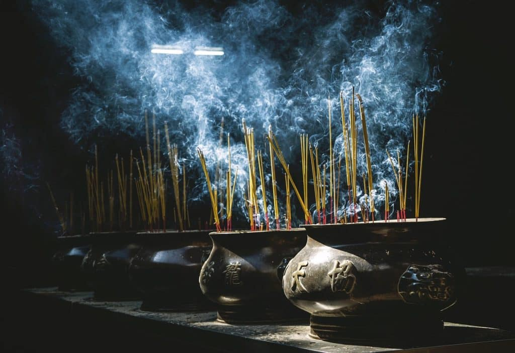 Incense Pots Smoke Oriental  - Pexels / Pixabay