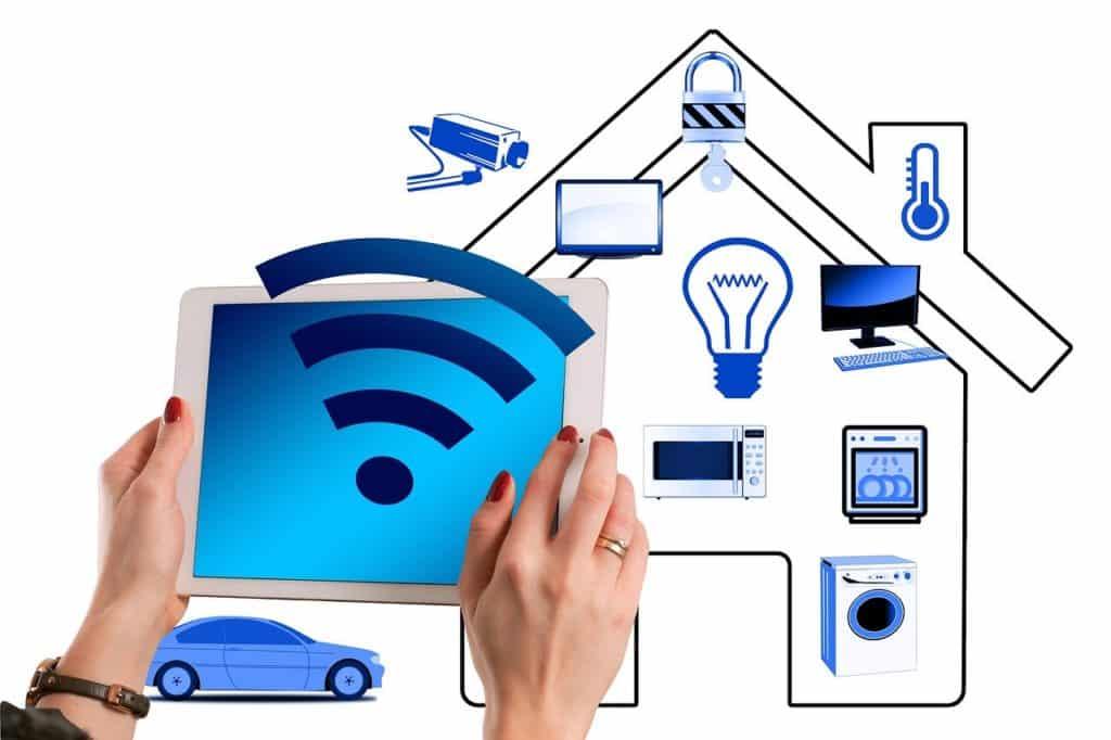 Smart Home House Technology  - geralt / Pixabay